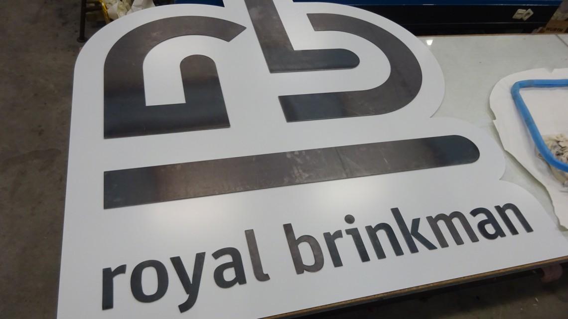 RoyalBrinkmanStaallogo001