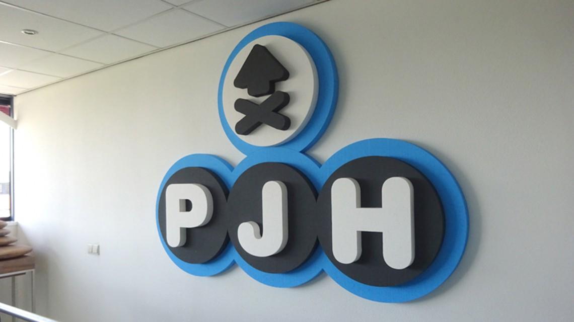 PJH034